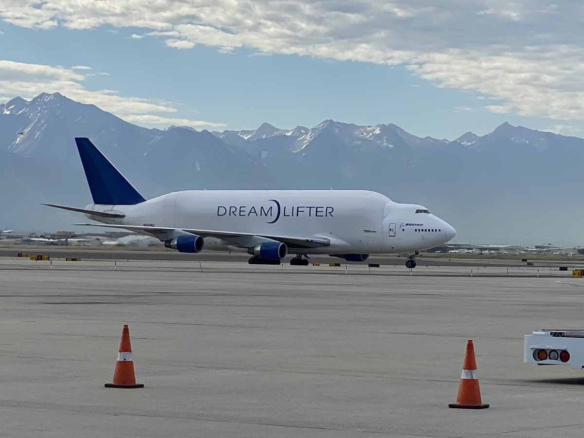 """Excited at the first ever Utah arrival of the Boeing Dreamlifter. This behemoth is carrying 500,000 face masks as part of the state's """"A Mask for Every Utahn"""" initiative. Big thank you to Cotopaxi & HM Cole for getting these masks produced so they can be used by our local schools <br>http://pic.twitter.com/ucEsV00r5r"""