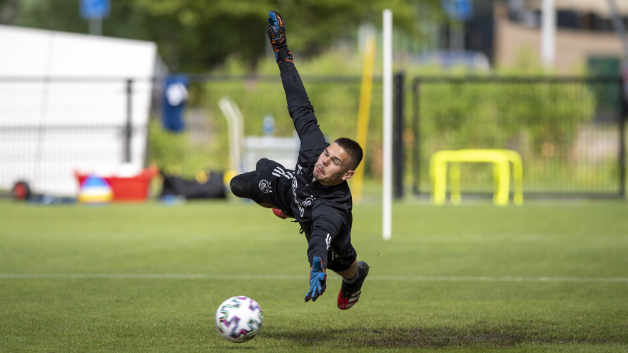test Twitter Media - Goalkeeper appreciation post! 🧤 https://t.co/S6MB0dqFWg