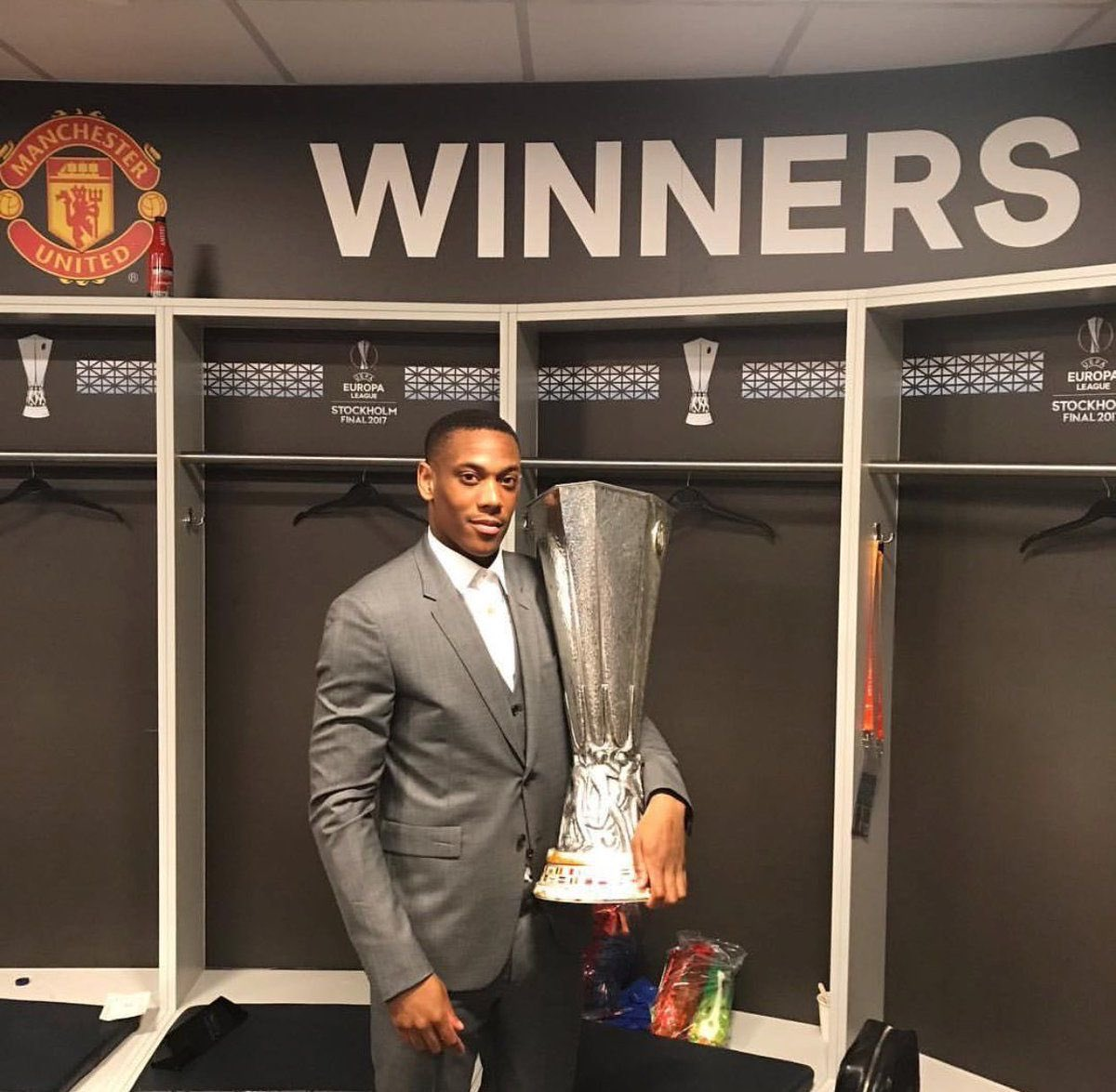 Martial (3) has more career trophies than Aubameyang (2) despite being 7 years younger  All those backflip celebrations for very little in return https://t.co/FaeHNB59GY https://t.co/Gc0CYC7iz1