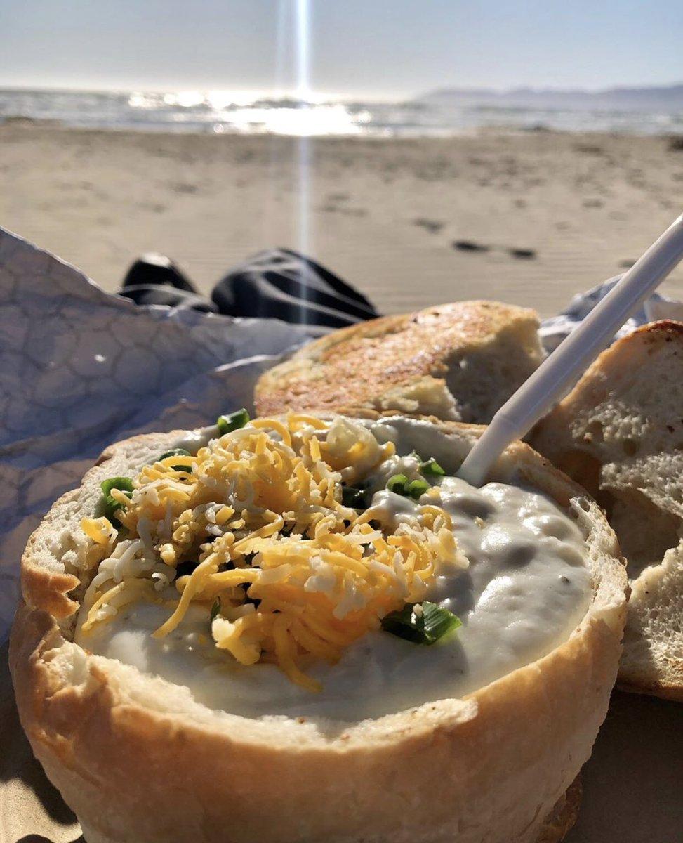 pismo beach clam chowder