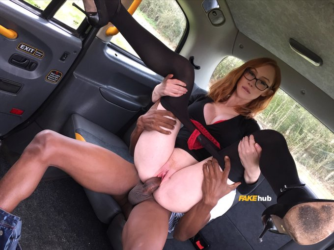 3 pic. Our driver took a quick break so that @xLeninaCrowne could have a BBC all to herself in the @FakeTaxi