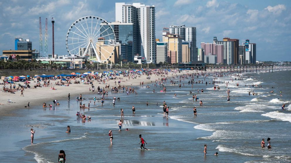 Hundreds of new coronavirus cases reportedly linked to Myrtle Beach visits: 2wsb.tv/3ij0XAX
