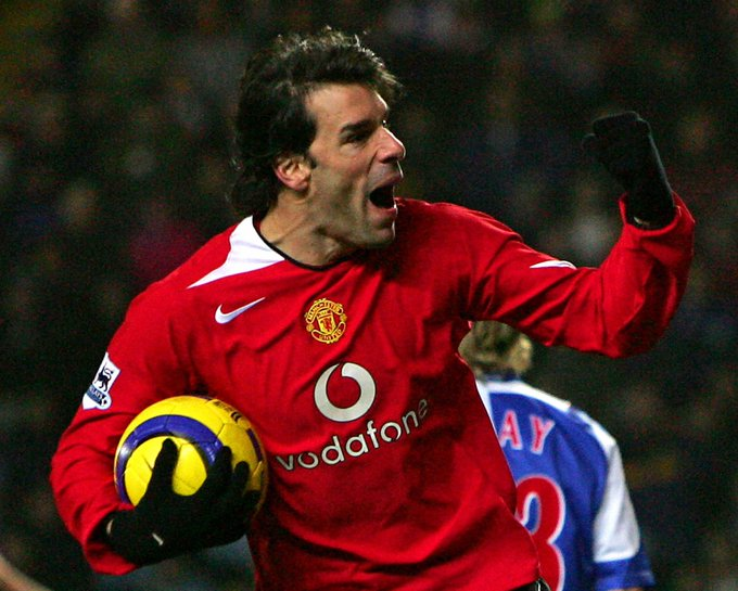 Happy 44rth birthday to Ruud van Nistelrooy. What a player he was.