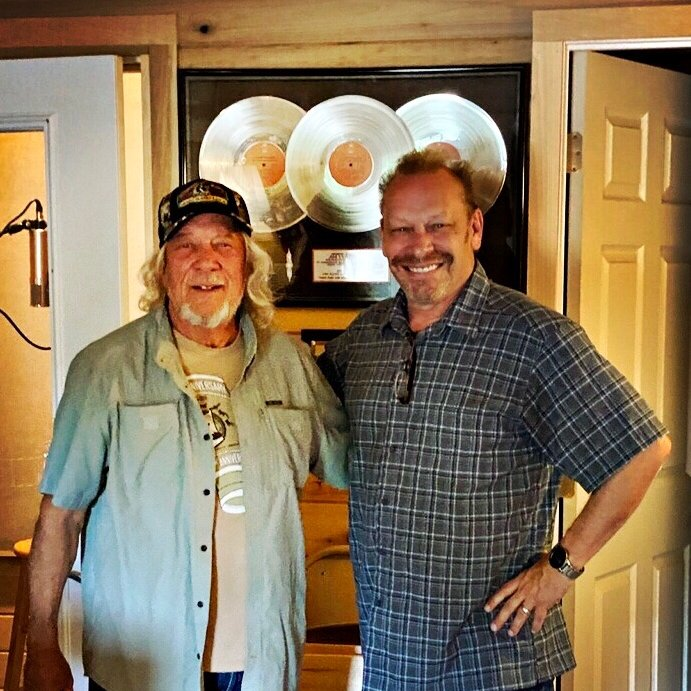 @johnanderson in Hendersonville today with producer @buddyhyatt working on vocals for a duet with us on the new EP 🎶