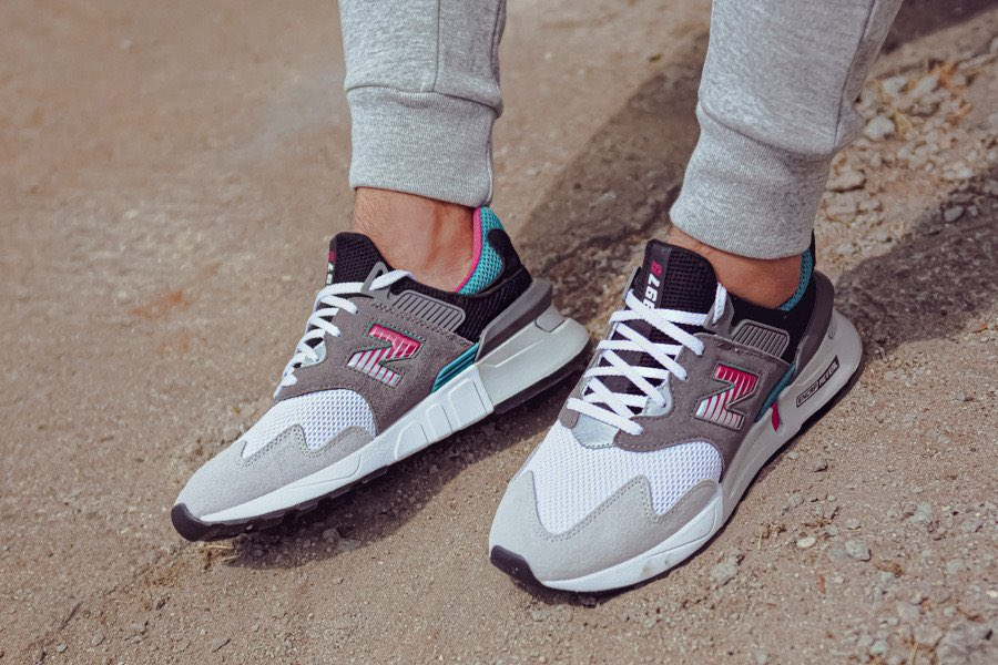 "Ad: ICYMI - The New Balance 997 Sport reduced from £90 to ONLY £36!  Code ""NBEXTRA20"" here => https://t.co/0GnzAfcSKX  UK3.5-11.5 (RRP£90) https://t.co/SOo3DhfMZA"