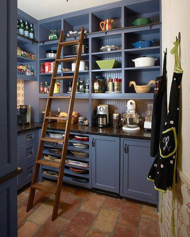 Would love a #pantry with shelves like this, look at all that storage  Definitely on my wish list!! #kitchen #kitchendesign #kitchenenvy #kitchengoals #myhomesweethome #realestate #socialmedia #socialmediacoordinator #socialmediamanager #theDSGal #digitalstrategygalpic.twitter.com/6dtSx6RvTj