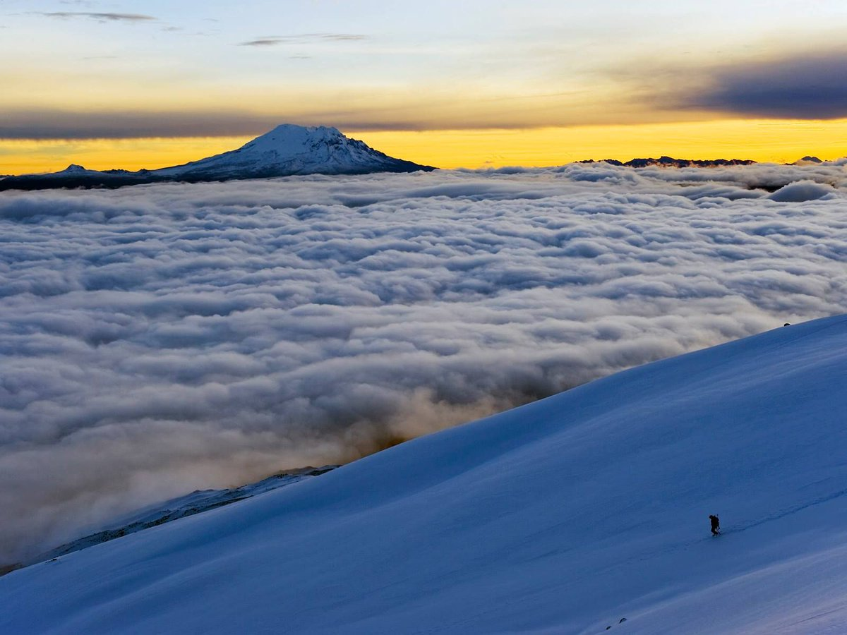 """""""42-31331133  18 Feb 2011, Ecuador --- View from Volcan Cotopaxi, 5897m, highest active volcano in the world, Ecuador, South America --- Image by © Christian Kober/Robert Harding World Imagery/Corbis   https:// Filipe.Life      #Filipe<br>http://pic.twitter.com/LFUWMhECHA"""