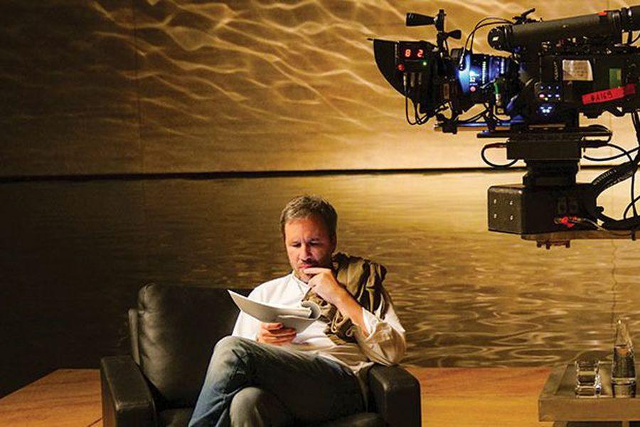 Pues Denis Villeneuve sí se sienta cuando filma y tiene una filmografía que abarca cine experimental, cortos audaces y mejores películas comerciales https://t.co/1gVTjj1Mbg