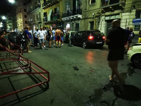 Drammatico incidente in via Perez a Palermo, cinque auto coinvolte, feriti gravi (FOTO) (VIDEO) - https://t.co/zVfg1U4qRp #blogsicilianotizie