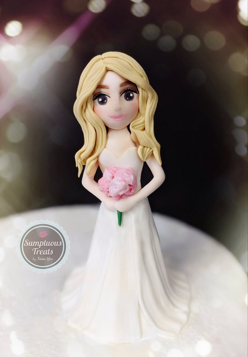 Beautiful Bride Topper... #customcaketoppers #bride #bridetobecaketopper #cakes #customcakes #customizedtoppers #weddingseason #figuretoppers #weddingcaketopper #torontocakes #weddingcaketoppers #gtacakes  #torontowedding #bridetopper http://www.instagram.com/sumptuoustreatspic.twitter.com/T6kjeIAIb5