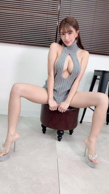 グラビアアイドル森咲智美のTwitter自撮りエロ画像46
