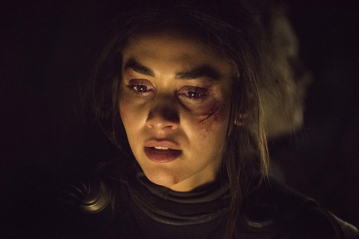 ⚡️@linzzmorgan talks directing those 'electric' Murphy and Sheidheda scenes on @cwthe100 trib.al/G9ZmBME