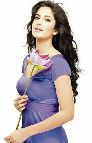#BeautifulActress #BollywoodActress #KatrinaKaifpic.twitter.com/2rzZyc2aZ6