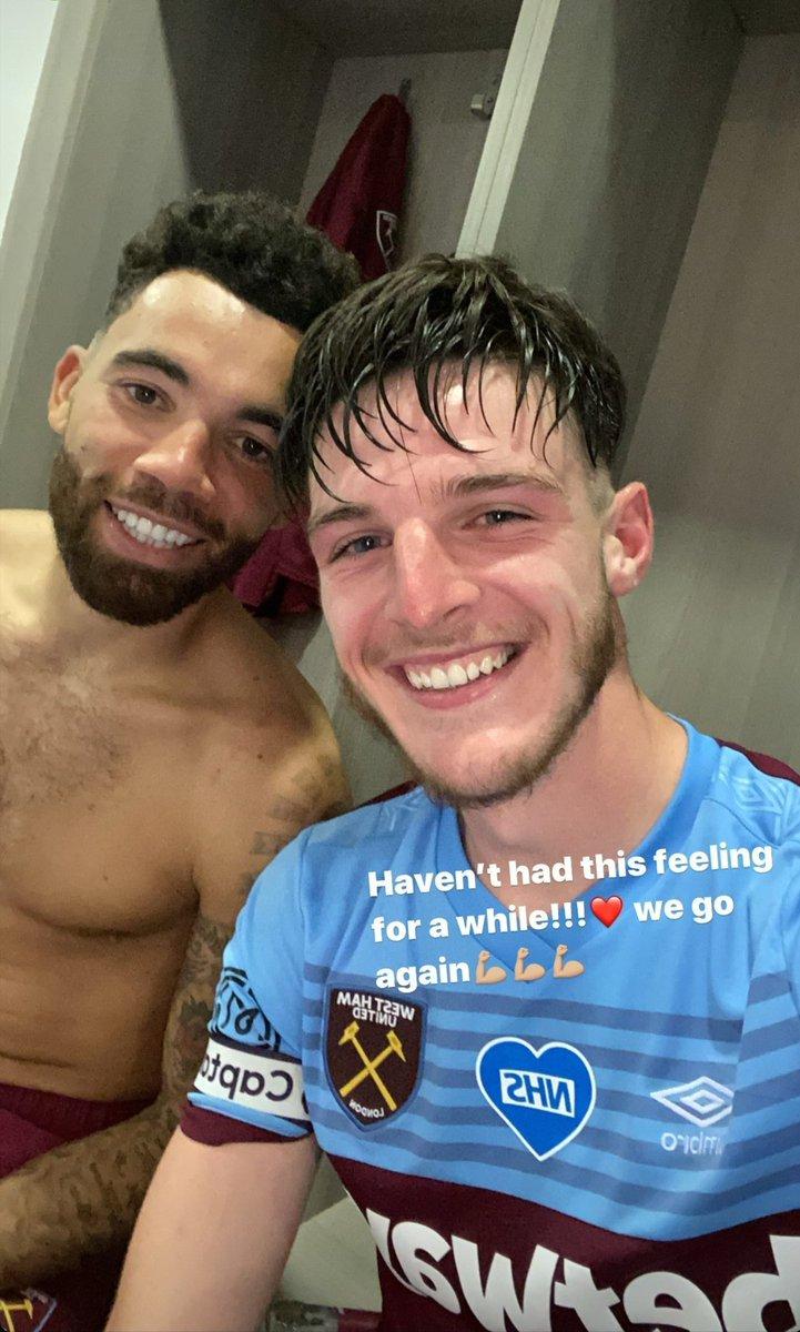 Ryan Fredericks and Declan Rice celebrate win  #hotfootballers #shirtless #England #English #British #westham #WHU #WHUCHEpic.twitter.com/owk3Vy2aHZ