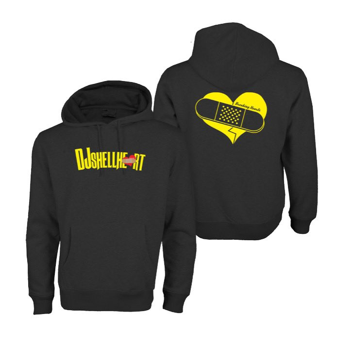 I still have XS and XL left hit me if you want your DJSHELLHEART x BHC COLLAB HOODIE 💔❤️ https://t.co/XpisP4T0VE