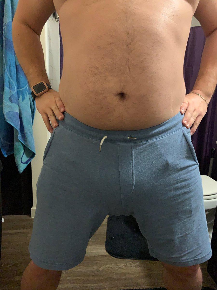 I like my belly :) <br>http://pic.twitter.com/3AHgjvcbmm