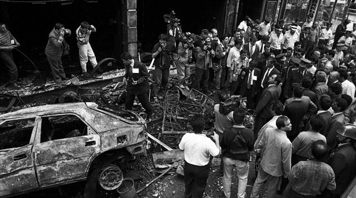 Sivas Katliamı: 27 maddede 27 sene  https://t.co/KHrJerCIFn  Eren Aysan yazdı  #2temmuz1993 https://t.co/lCtkHCI1z0