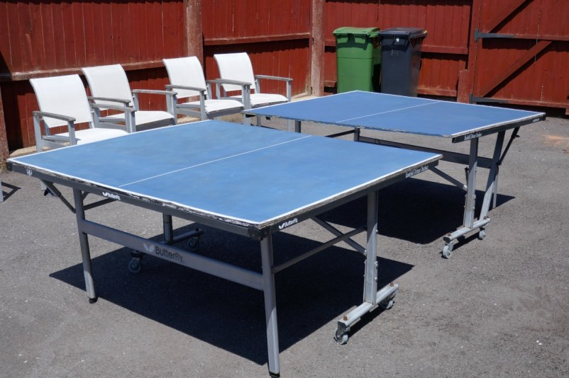 OFFER: Outdoor Table Tennis Table. (Norton DY8) https://www.ilovefreegle.org/message/67958618?src=twitter…pic.twitter.com/qvvuI9gzKQ