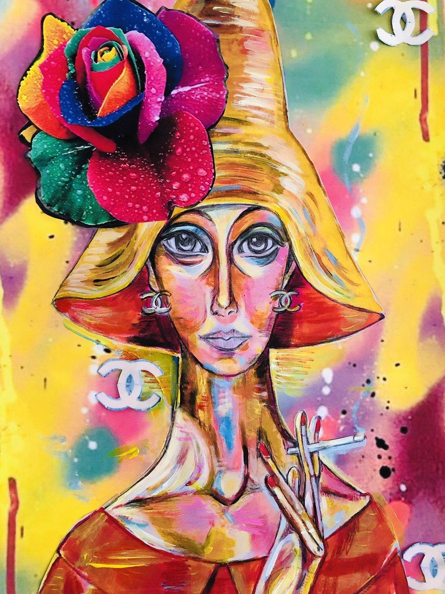 So I'm still sketching these out & playing with colour #marieoharaart #art #modernart #walltowalldecor #illustration #popart #mixedmediaartist #artoftheday #visiblewoman #artgram #chanelpic.twitter.com/S1vbKzdsUS