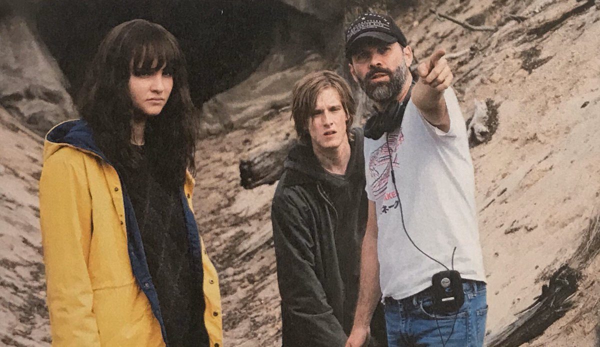Lisa and Louis with co-creator @baranboodar on set of Dark 3!<br>http://pic.twitter.com/GbR14vQy19