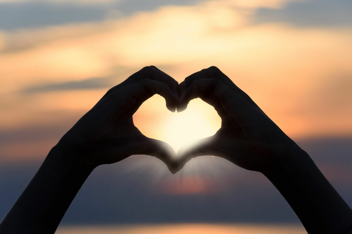 Liefde is elkaar gunnen, vrijheid in gebondenheid. Niet ik en jij, maar Wij. #actiefplezier #liefde #vriendschappic.twitter.com/33vdswUX5f