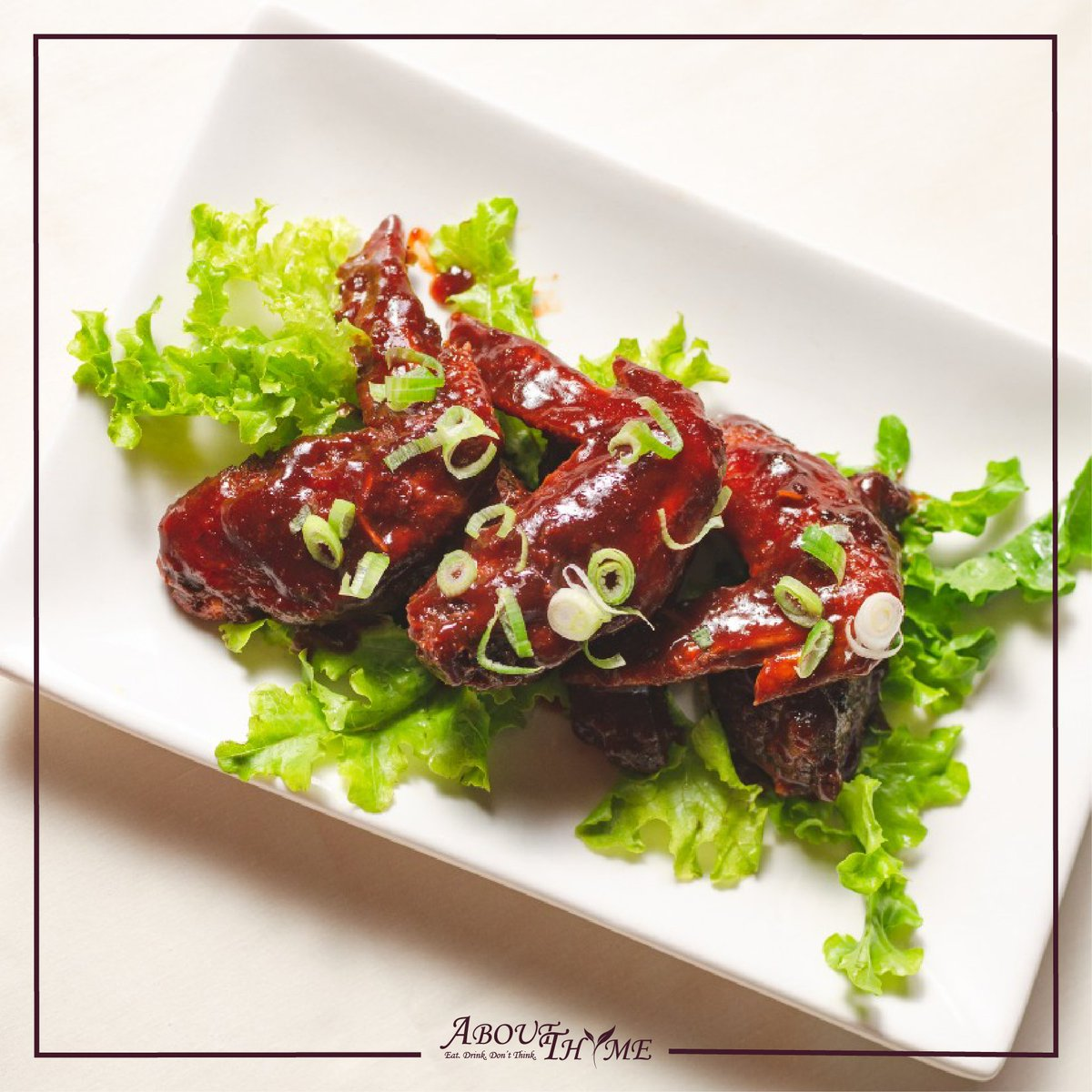'' left-wing, chicken wing, it don't make no difference to me '' Woody Guthrie. Come 'wing it' with us at http://www.about-thyme.com  #AboutThyme #DownThyme #NairobiRestaurants #foodiesIG #takeout #foodgasm #instalike #yummyinmytummy #starters #foodgasm #foodpics #wingspic.twitter.com/80vcjhP5Sj