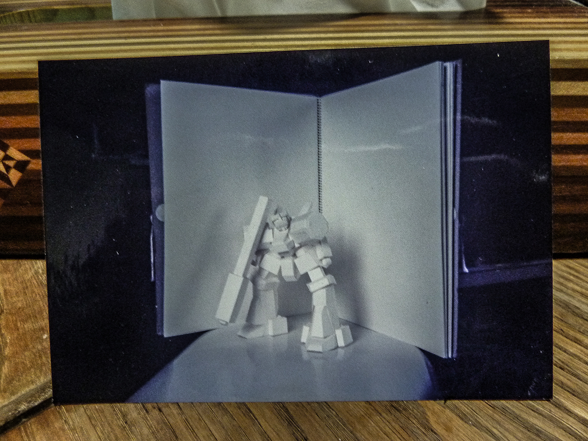 #見た人も雷電を無言であげる 無言じゃないけど… 1997年(高校生)あたりにバーチャロンやりすぎて腱鞘炎なりかけの状態で作ったライデンの写真の写真。 https://t.co/EHcjzhlEvI