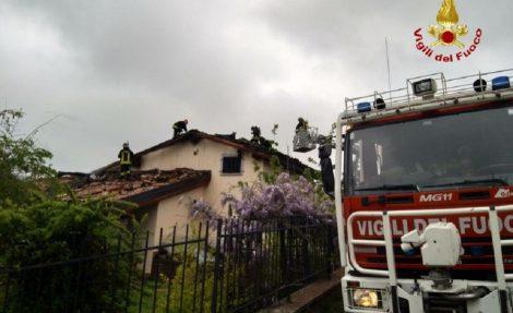 Uomo trovato morto in casa in una villetta a Carini, intervento dei vigili del fuoco - https://t.co/5Qiv5pvbYt #blogsicilianotizie