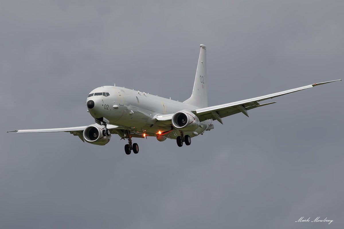 @CXX_Squadron @P8A_PoseidonRAF a few images from your visit to @NCLairport thanks for calling in for us to see you 😊 https://t.co/YKtBsRWyi3