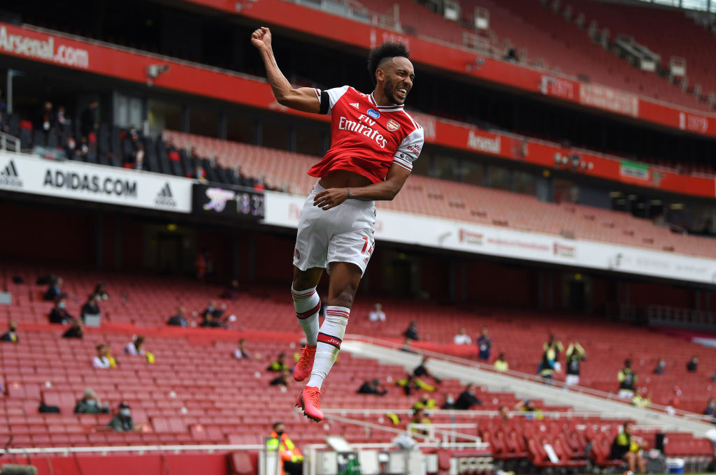 Matchday:   Wolves  Molineux   17:30 GMT  #WOLARS   Come on, Arsenal.<br>http://pic.twitter.com/n4j3LFTj89