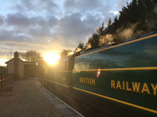 Heritage railways across the UK were stopped in their tracks by #Covid19 but emergency #NationalLottery funding is helping many, including @N_V_R, survive and start to plan for their futures http://www.heritagefund.org.uk/news/heritage-railways-saved-from-serious-jeopardy…pic.twitter.com/IXwMvXrUyu