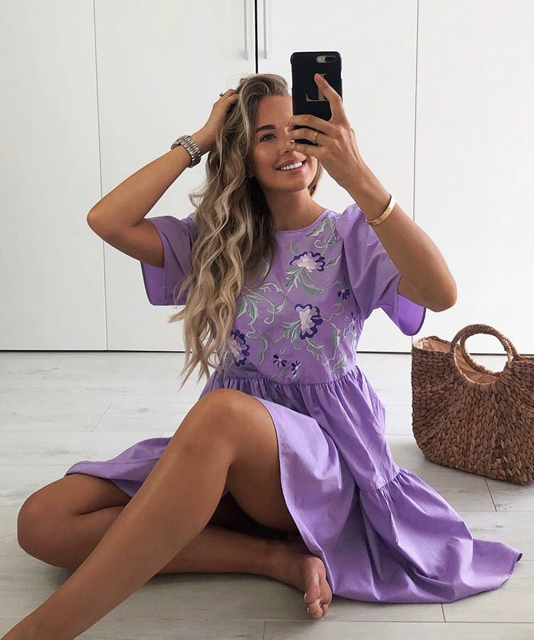 Lucy's dress is from @asos, link below to shop!  https://shopstyle.it/l/bjCOQ  @LRadwell #influencer #style #inspopic.twitter.com/R3yQBgD41e