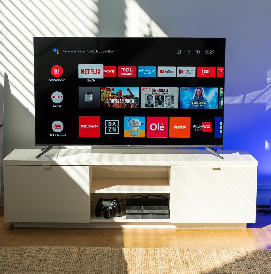Atentos a esta Tv de TCL 4K con Android Tv: https://t.co/FqP4eFRW1Q  Tiene una relación calidad/precio TOP 🔥 https://t.co/8V5Kndqsrl