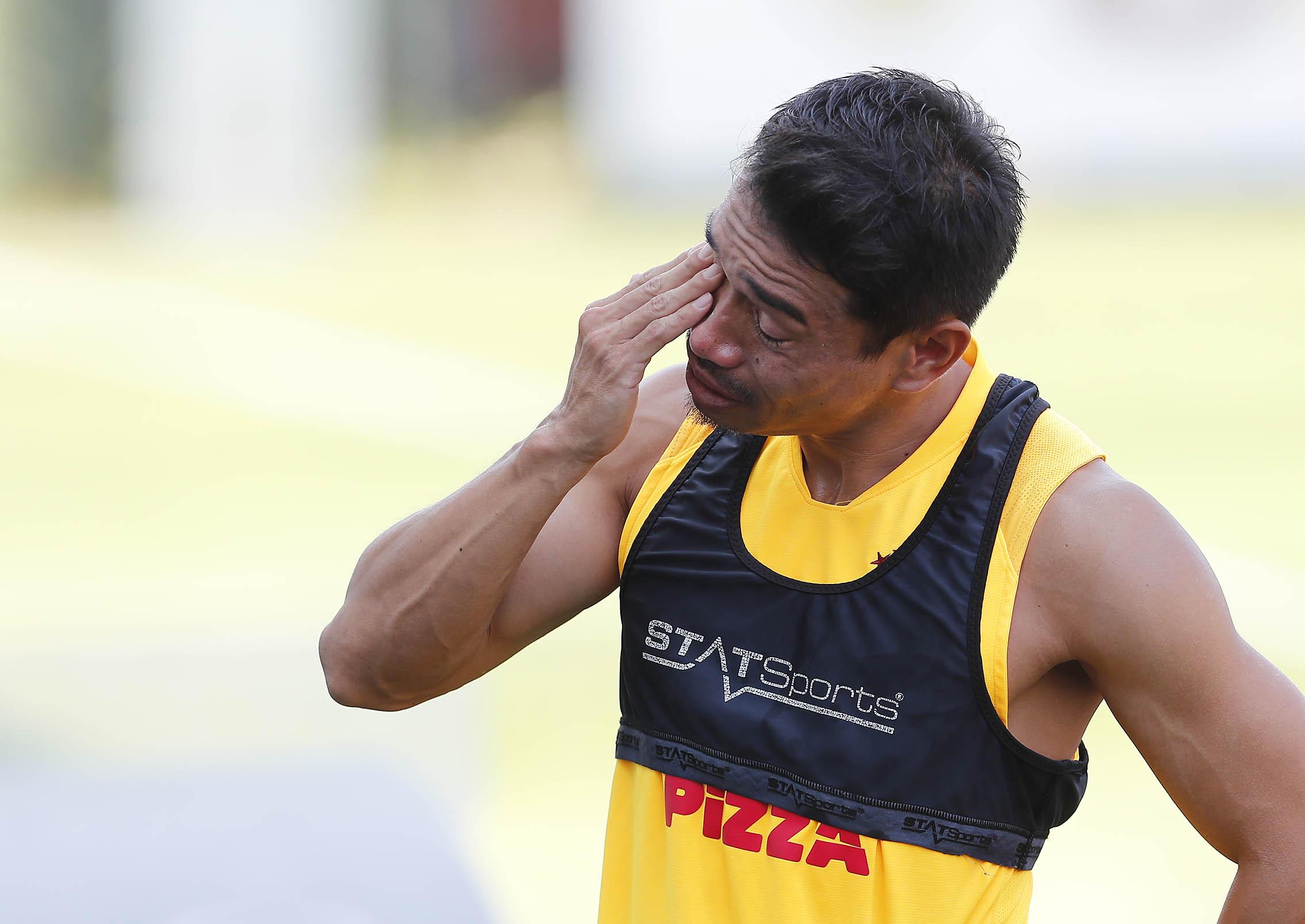 Eb6XCgXXgAAIqmx?format=jpg&name=4096x4096 - Yuto Nagatomo Galatasaray'a gözyaşlarıyla veda etti | İşte o anlar
