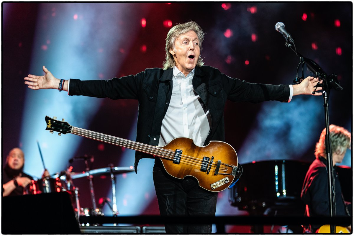 Today Paul joins artists, promotors, agents, venues and more in asking the UK government to protect the live music industry. Share photos and videos of the last show you went to using the hashtag #LetTheMusicPlay to show your support!pic.twitter.com/w7yfeAB0nJ  by Paul McCartney
