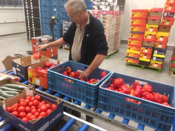 € 50.000 voor overschot groenten en fruit aan voedselbanken https://t.co/E0AXMoqSRE https://t.co/eb9WVF23Kp
