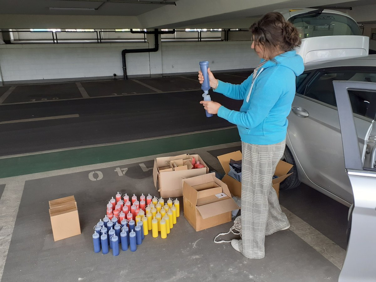 @DCAdundee and @ArtattheStart1 adapting to the challenge of WFH by decanting paint in multistory carparks! Happy that some lovely art materials and ideas for little ones will be heading out to families from @DIWC1969 flourish group this week. @UoDPsychology #createtogether https://t.co/vVl8gc5dDa