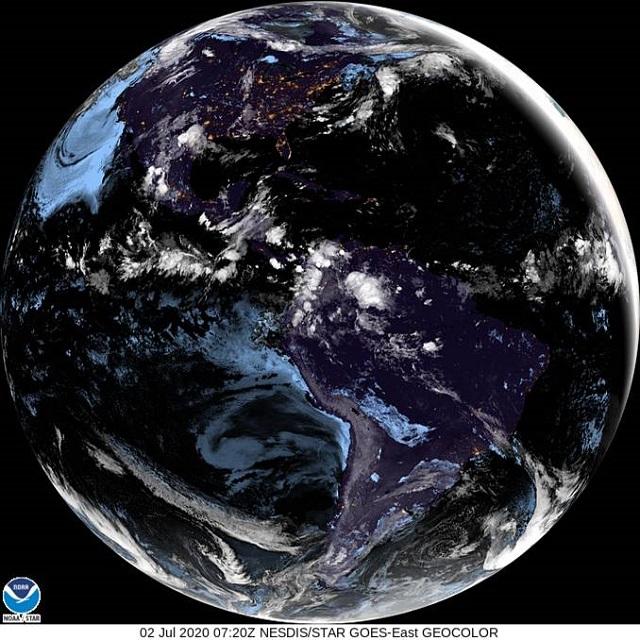 Onde está o ciclone bomba hoje? Ventania provocada pelo forte ciclone extratropical deixou o mar muito agitado e há risco de ressaca https://t.co/18NtA13CDy https://t.co/EfvEpA9Kf3