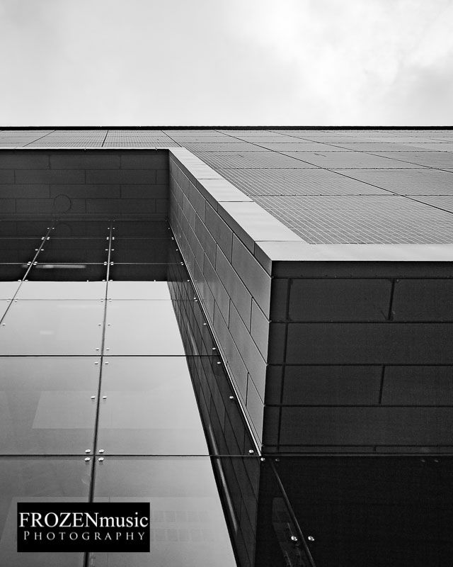 Plan now #architecturephotography post lockdown before London gets overcrowded again. #ArchitecturalPhotographerLondon #LondonArchitecturalPhotographer #LondonBuildingPhotographer #CommercialArchitecturePhotographer Contact me for detailspic.twitter.com/L6JHikbpQa