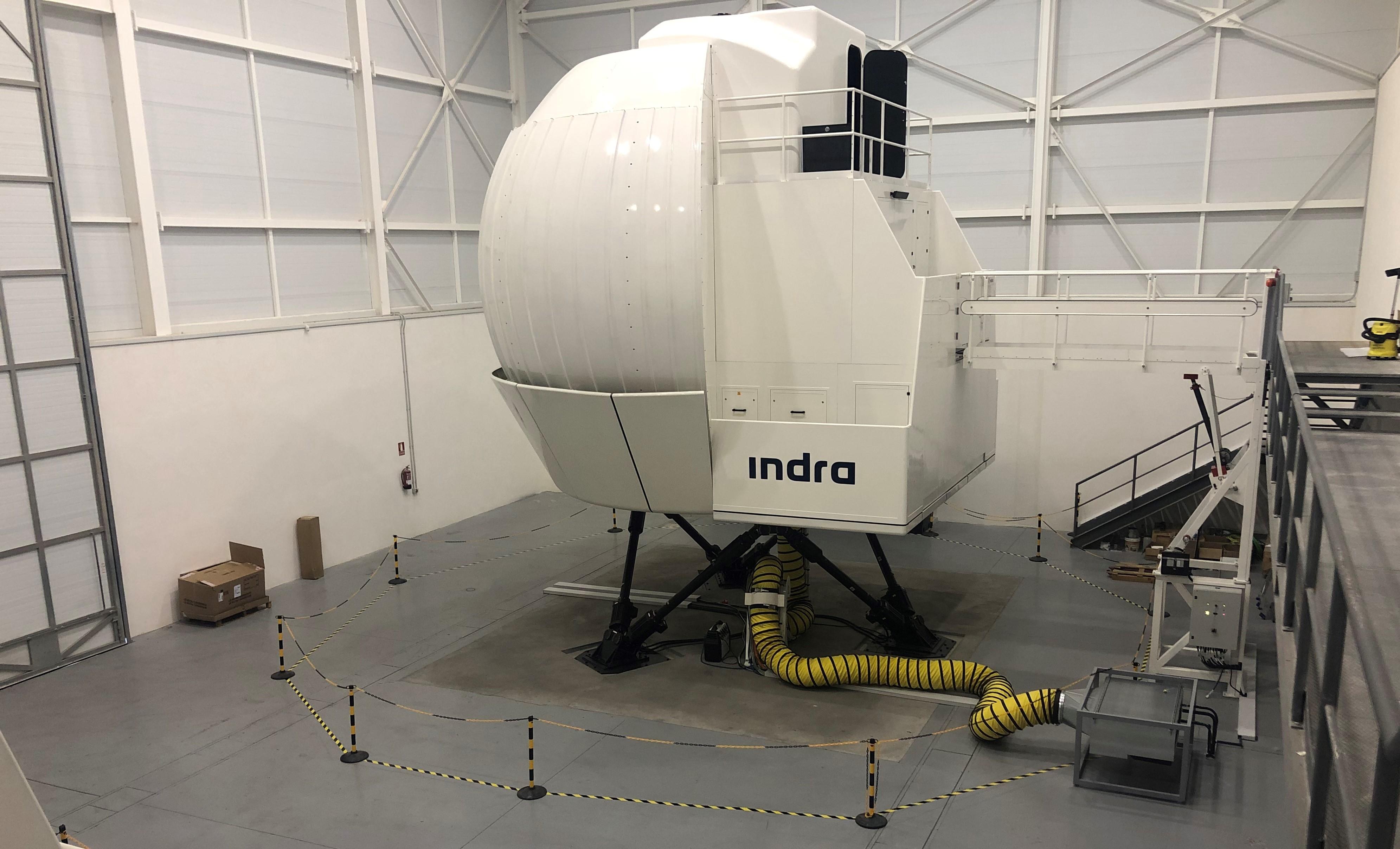 Simulador helicóptero NH90 en la base de Agoncillo del Ejército de Tierra instalado