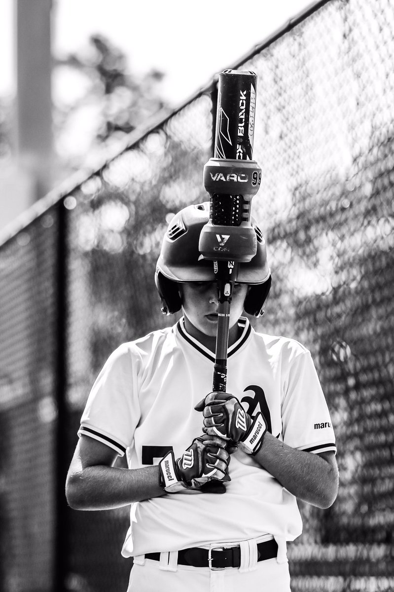 Going through some photos and miss shooting sports . Follow me on IG @ renevega [dot] co.  #nyphotographer #nycphotographer #sportsphotographer #contentcreator #photographerpic.twitter.com/JkU8ZWtE1s