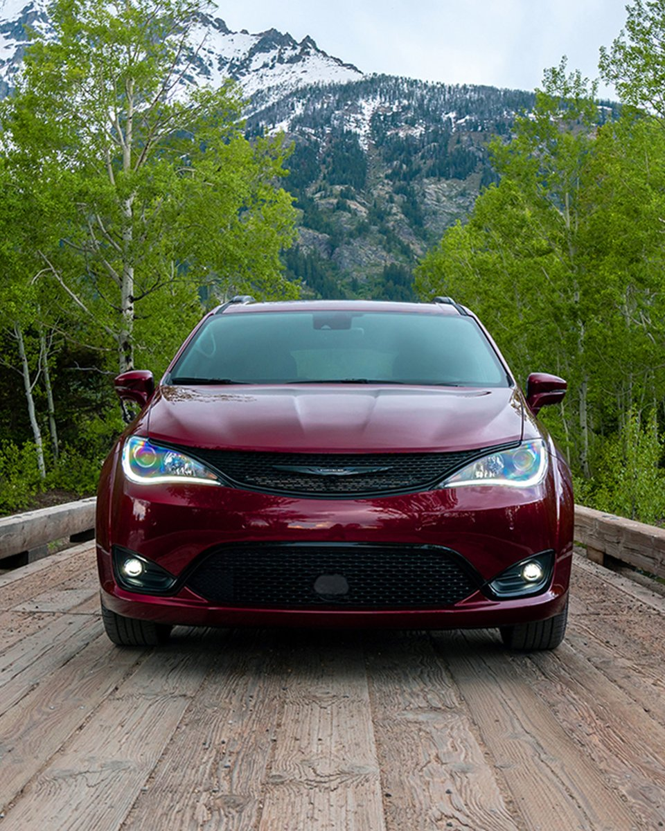Take the road less traveled with the new Chrysler Pacifica AWD Launch Edition.   Available fall 2020. https://t.co/bsc1mUdC9g