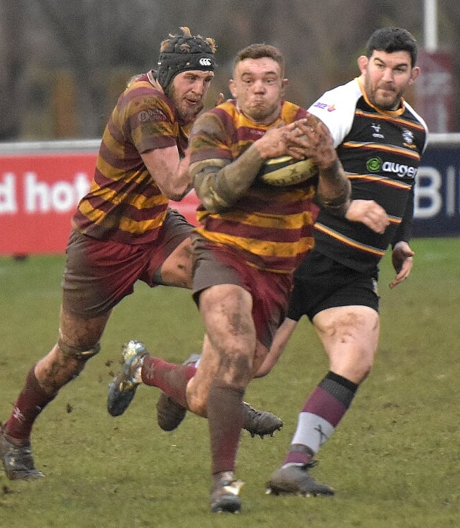 """Latest off the #Fylde re-signings rank is @lancashirerugby & @EnglandCounties flanker (or hooker) @Millsey1993. @spraggio """"Millsy's return to the Club gave us a great boost last season, adding even more dynamism to our back row options."""" Details at https://t.co/mlZkzV8R0o https://t.co/DoHDelqBuy"""