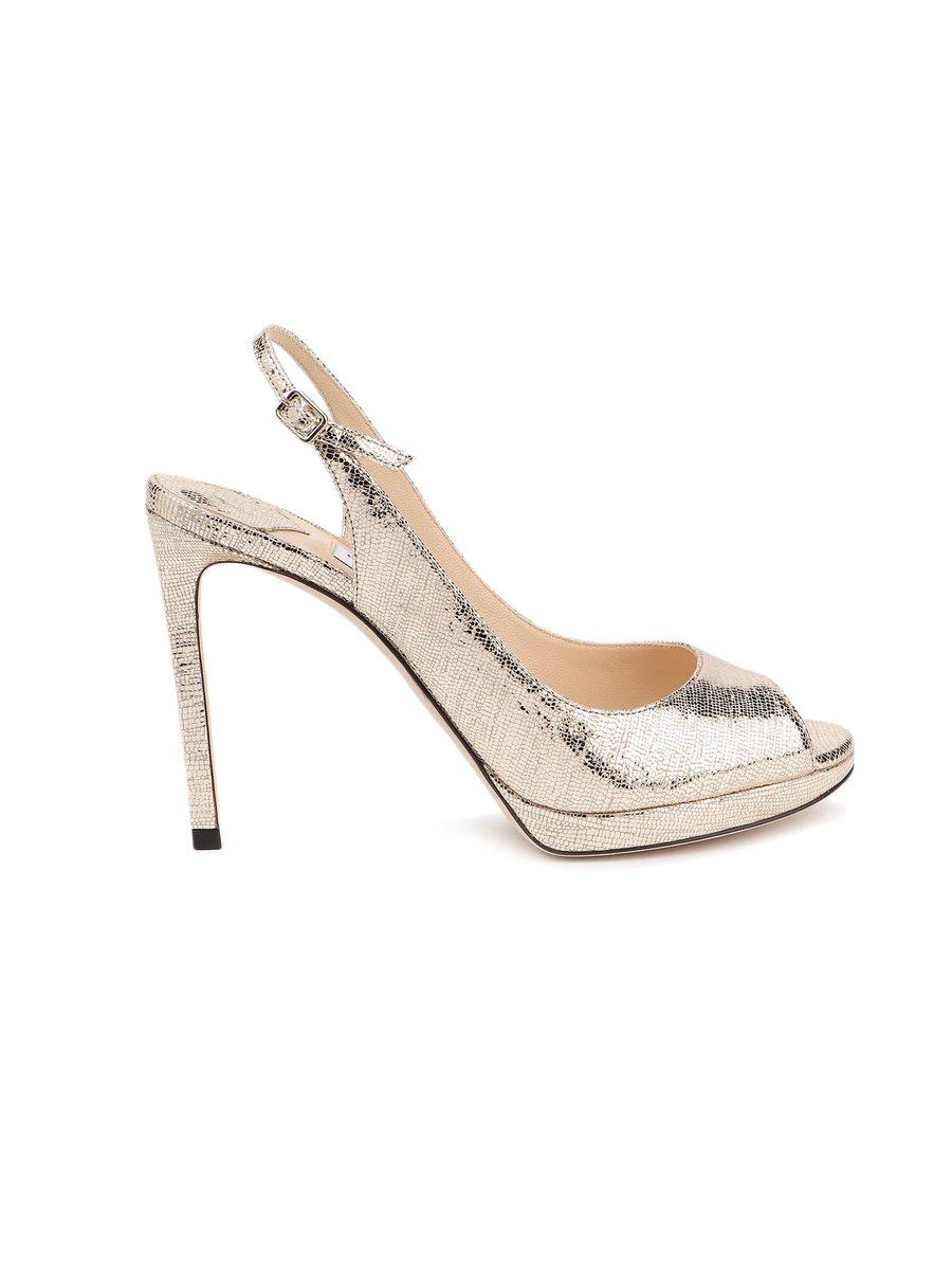 Shoes transform your body language and attitude. They lift you physically and emotionally.  #Shoes #jimmyfallonisoverparty #fashion #partytime #beauty #sandals #jimmychoo #Italy #indiatoUAE #heelsaddict https://t.co/41Cbwhj2D3