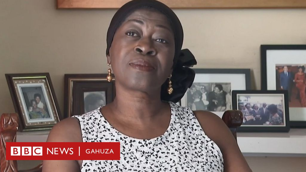 Julienne, aravuga ku murage wa se, Patrice Lumumba  Avuga ko se yashakaga kwereka isi icyo abirabura bashobora kwikorera mu gihe babayeho mu bwigenge....  #DRCongo https://t.co/VC2PK933R6 https://t.co/cNGSdqWVbz