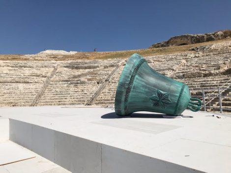 Musica e voci al Teatro greco di Siracusa ma con pochi spettatori, al via la stagione post covid19 - https://t.co/toDTRnrP25 #blogsicilianotizie