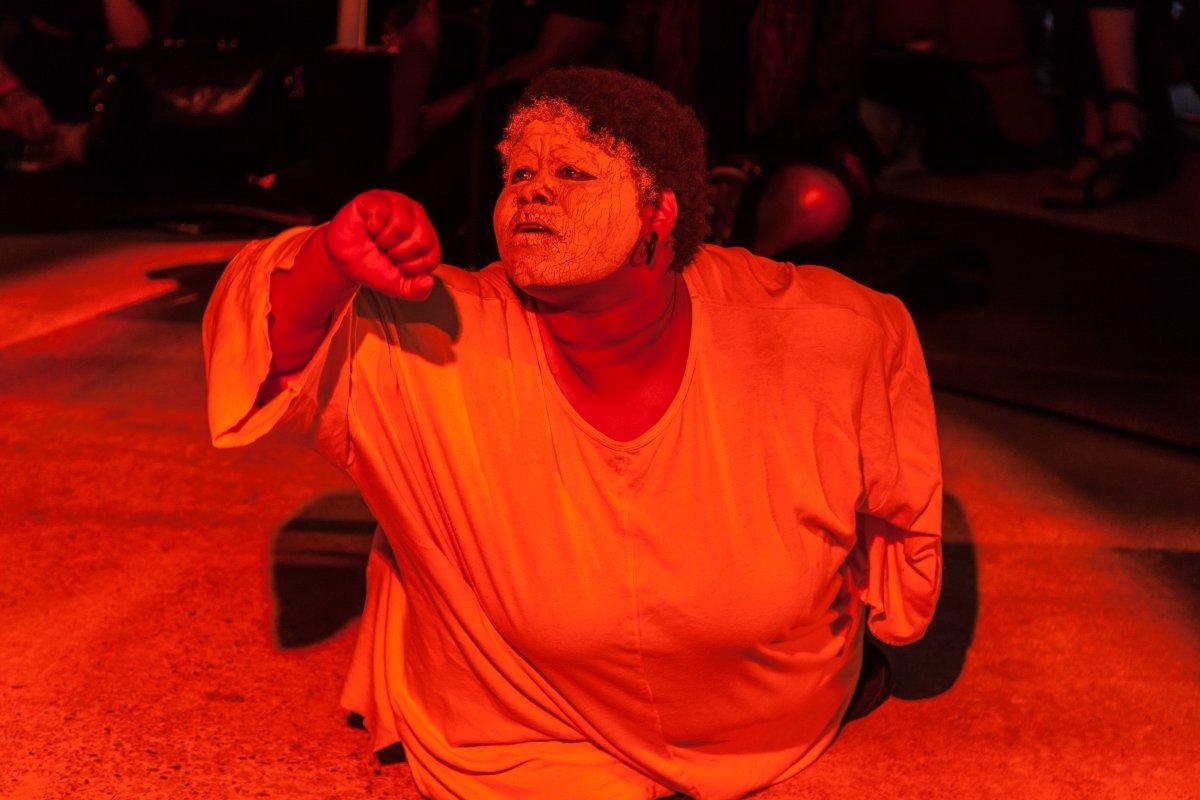CONGRATULATIONS to Shawanda Corbett and all of the other recipients of the Turner bursaries ✨✨✨✨  📸Shawanda's 'Blackbird in Mississippi' performance at last year's Park Nights. https://t.co/tNeqfkMQ85