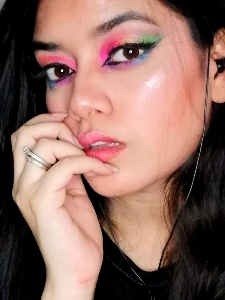 hey twitter  #eterofobia #makeup #makeupaddict #makeuptutorial #makeuplooks #makeuplook <br>http://pic.twitter.com/lLLdnGAreO