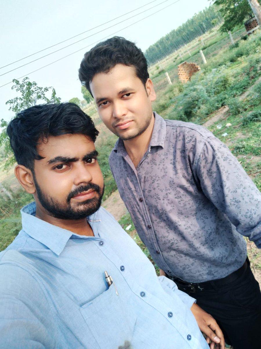 New Bike #Rides #R15 (Model #BS6 2020) #Bollywood Fashion #Designer #Nitish #Shivhare (D.Dolphin #Company Chairman / C.E.O. )             #with #childhood friend #Ram Ji (SBI Bank #mini branch #manager) https://t.co/1X891wkiEs