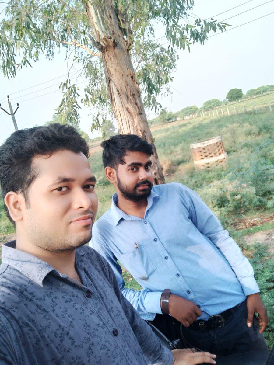 New Bike #Rides #R15 (Model #BS6 2020) #Bollywood Fashion #Designer #Nitish #Shivhare (D.Dolphin #Company Chairman / C.E.O. )               #with #childhood friend #Ram Ji (SBI Bank #mini branch #manager) https://t.co/Dv3X3sruIt